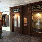Kereskedelemtörténeti kiállítás: lkorabeli üzletek és kirakatok
