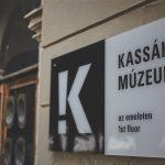 Múzeum bejárat