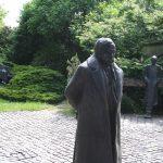 Varga Imre Móricz Zsigmond szobra
